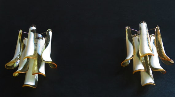 Pair of Vintage Italian Murano wall lights in the manner of Mazzega - caramel lattimo glass petals