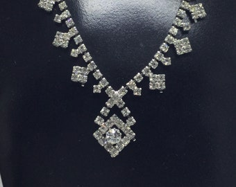 Gift Boxed Vintage jewellery. Great Cond Vintage Diamante Hoop Earrings Pierced Brilliant Baguette Hoops Perfect for a Bride