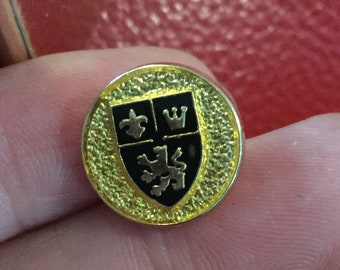 SIZE 23 mm. Metal Buttons Black /& Gold Queen Crown Vintage British Style 8 pc