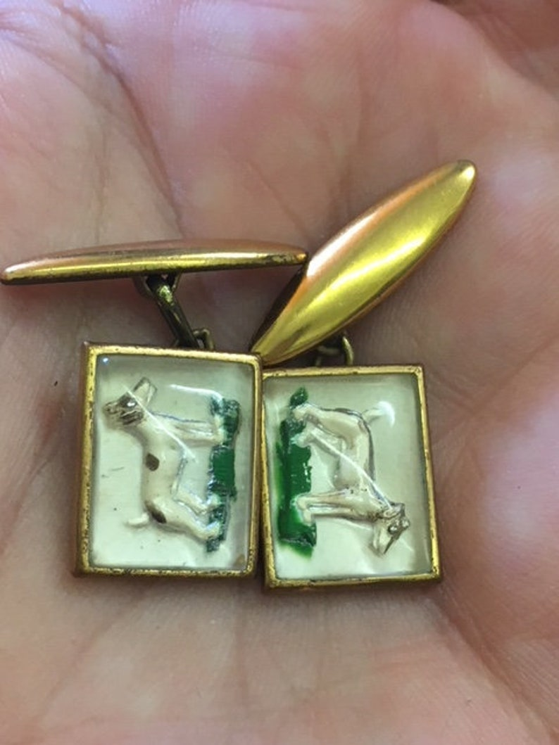 hunting dog beagle shooting sports reverse painted intaglio essex crystal gents  cufflinks novelty metal brass 1950s 1960s retro vintage