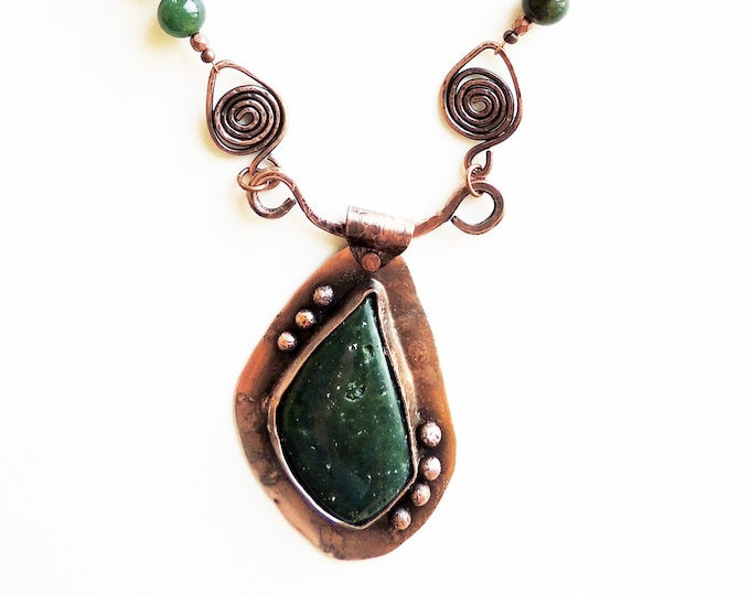 Green Riverstone Jasper Copper Pendant Beaded Necklace Handmade
