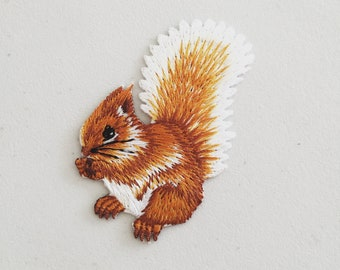 Squirrel Iron On Patch Woodland Animal Badge Decorative DIY Embroidery Embroidered Applique Motif Lover Gift
