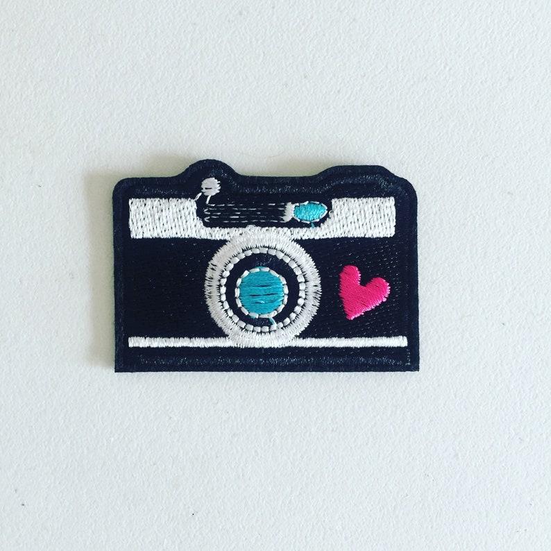 Embroidery Applique Patch Sew Iron Badge Retro Pop Art Camera Iron On