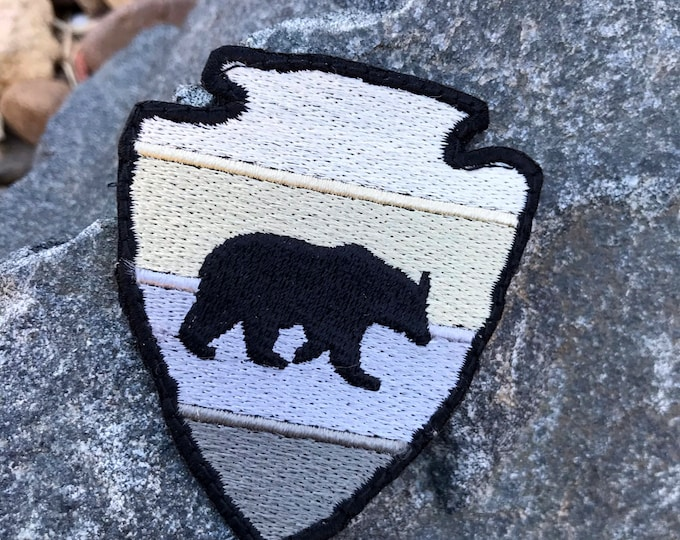 Arrowhead Bear Outdoor Adventure Patch