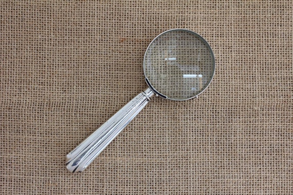Magnifying Glass with Fluted Pattern Sterling Silver Handle