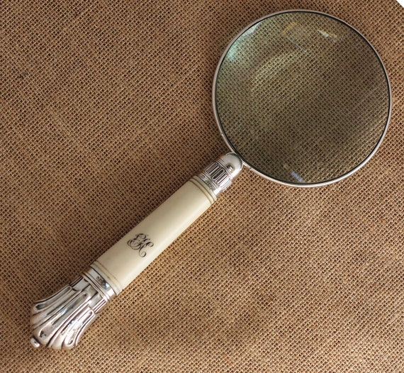 Sterling Silver Rimmed Magnifying Glass with Carved Handle Hallmarked Sheffield 1885