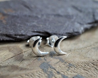 Sterling Silver Crescent Moon Earrings * Stud earrings * Moon jewelry * Gift for her