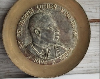 """Vintage 1968 Dr. Martin Luther King """"I Have a Dream"""" Commemorative Brass Plate.  Timberline Trading Co. Greensboro, N.C."""
