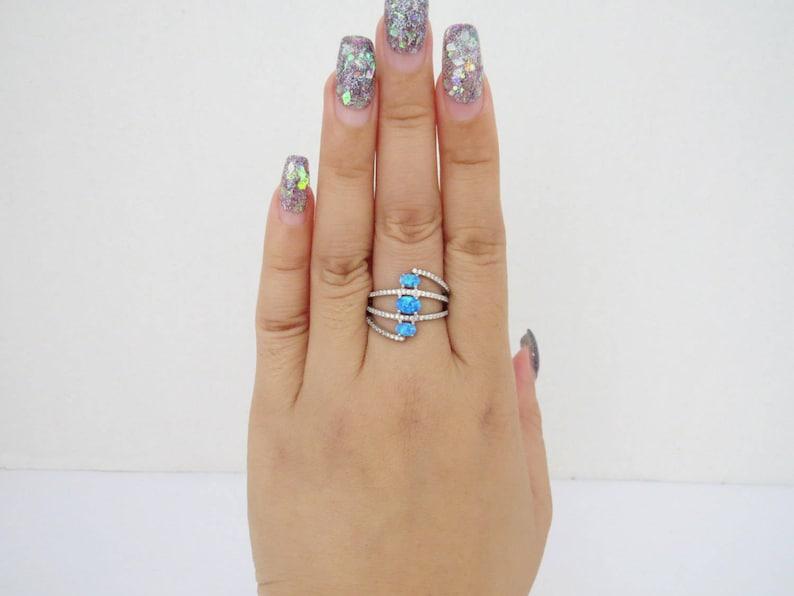 Vintage Sterling Silver Blue Opal /& White Topaz Pave Ring Size 7