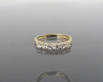 Vintage 18K Solid Yellow Gold White Topaz Band Ring Size 5