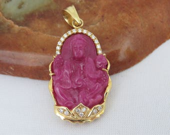 Vintage 18K Solid Yellow Gold Natural Ruby & Diamond Carved Quan Yin Buddha Pendant