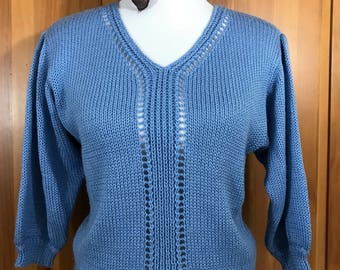 Vintage 90s DVF Diane Von Furstenberg Powder Periwinkle Blue Knit V Neck Sweater 3/4 Sleeve Medium