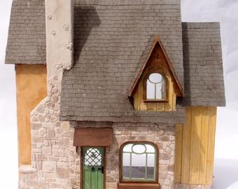 1:24 scale miniature dollhouse kit 'Carmel Cottage' for collectors