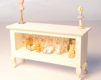 1:24 scale miniature dollhouse furniture kit Chantilly shop counter large