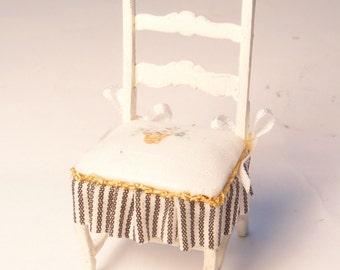 1:24 scale miniature dollhouse furniture kit French cottage side chair