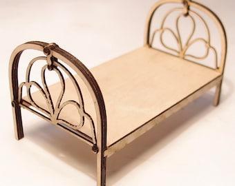 1:24 scale miniature dollhouse furniture kit cast iron bed
