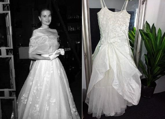 Vintage Wedding Dress  Ball Gown  Wedding Dress  P