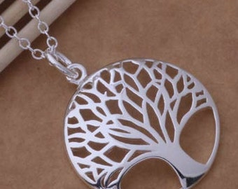Beautiful Necklace, Stunning Necklace, Trendy Necklace, Striking Necklace, Lady's Necklace, Tree of Life Shape Necklace, Woman Necklace.