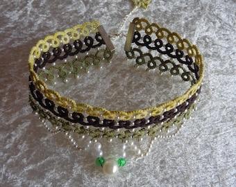 Collar and seed beads