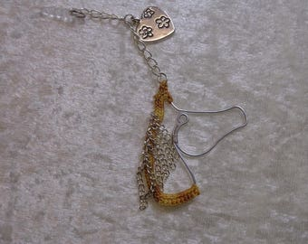 Jewelry copper wire and decorated with crochet mobile