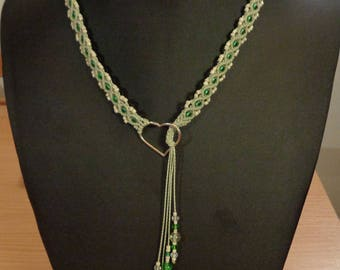 Pale green waxed cotton macrame necklace