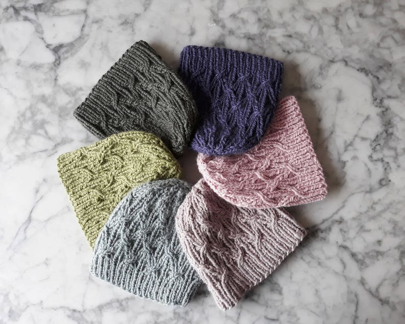Knitting pattern: instant download PDF. Chunky knit beanie image 0