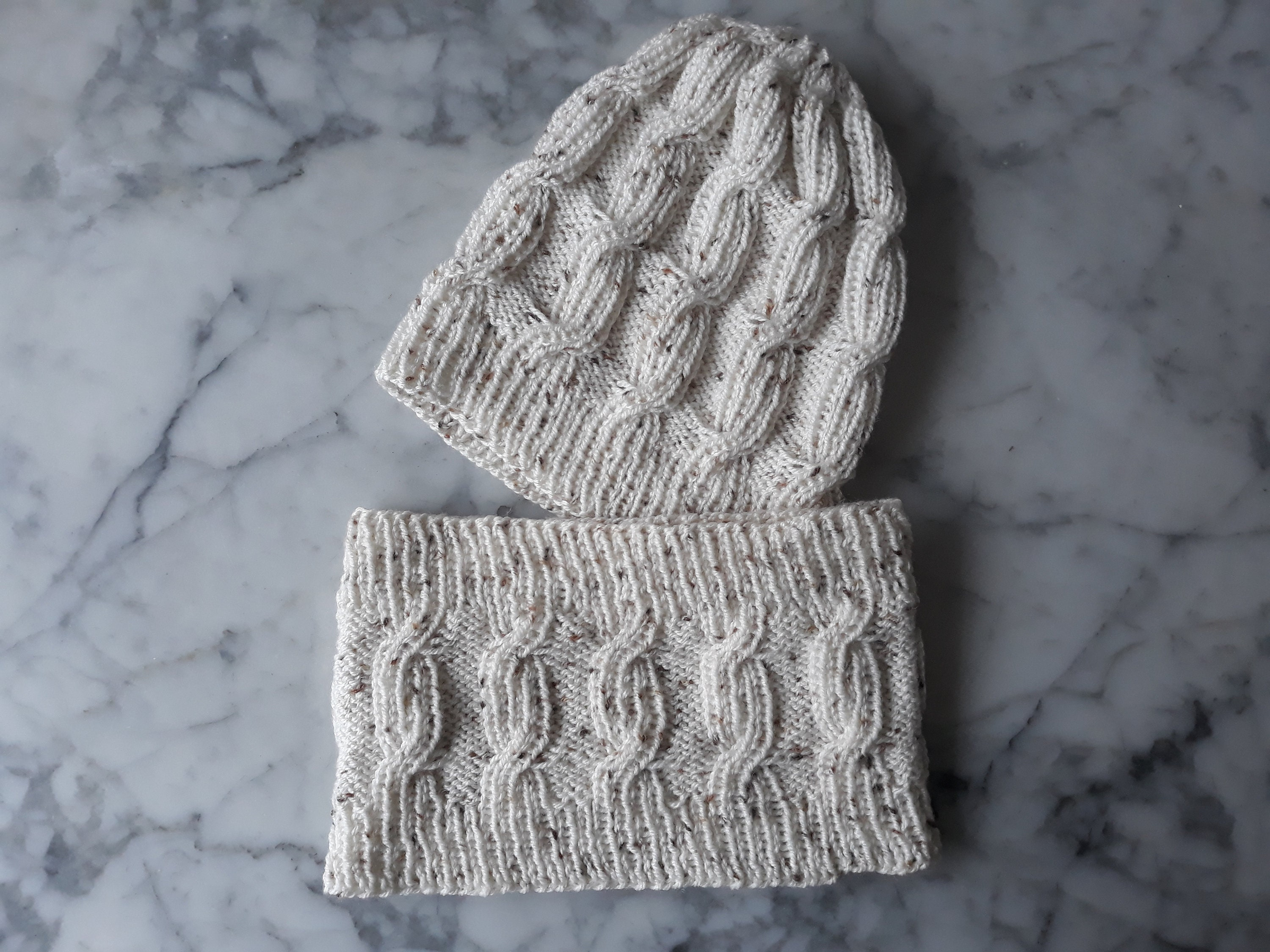 0bf9dfbc183e0 Cable knit beanie set. Speckled yarn hat. Knit hat and neckwarmer ...