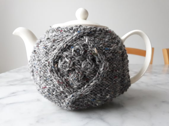 Knit teacosy: handknit teacozy in Irish wool. Original design. Made in Ireland. Irish gray tweed wool. Housewarming gift. Mother's day gift.