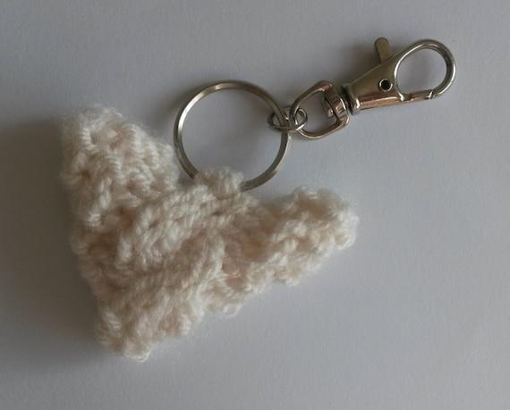 "Knit Bag Charm. Cream yarn heart with tiny cable. 2"" across. Knit Aran Heart. Zipper charm. Made in Ireland. Cute handmade Aran bag charm."