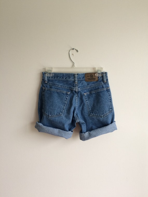 Jean shorts 27 Wrangler medium wash denim shorts