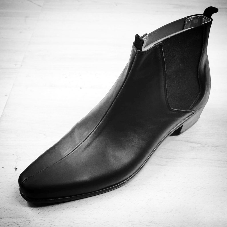 Mens Vintage Shoes, Boots | Retro Shoes & Boots The Chelsea shoes by Dr. Watson Shoemaker color black Mens $173.42 AT vintagedancer.com