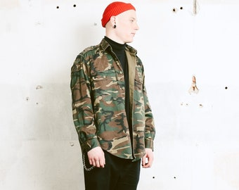 Vintage Men Camouflage Shirt . 90s Military Style Patterned Shirt Camo Shirt Long Sleeve Shirt Army Shirt Menswear . size Large L