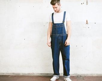 Dark Wash Denim Work Overalls . Men's Vintage Bib Overall Pants Workwear 90s Denim Dungarees Men's Car Mechanic Wear . size Large
