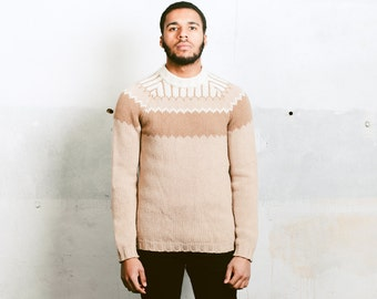 Mens Knitted Jumper . Vintage 90s Pullover Knitwear Unisex 90s Sweater Warm Wool Jumper Brown Knit Sweater Xmas Gift Idea . size Small S