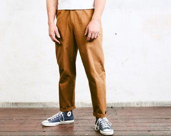 Vintage Men Trousers . Mens 80s Pleated Waist Tapered Pants Cotton Dad Pants Oldschool Chinos Nerd Everyday Clothing . size Medium M