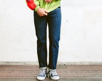 Vintage Levis 501 Pants . Mens Jeans Dark Wash Blue Denim Pants Dad Jeans Casual Trousers . size W31 L32