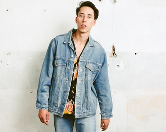 Mens Vintage Denim Jacket .  Blue Jeans Jacket Oversized Trucker Jacket Medium Wash 90s Grunge Jacket Outerwear . size Large