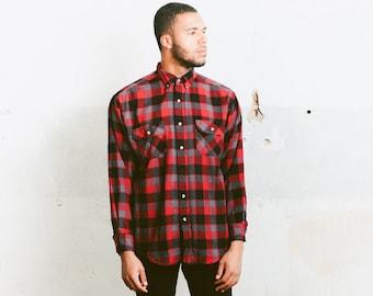 Vintage Buffalo Plaid Shirt . Checkered 90s Grunge Shirt Mens Lumberjack Everyday Shirt Boyfriend Wear Hipster Unisex Shirt . size Medium M