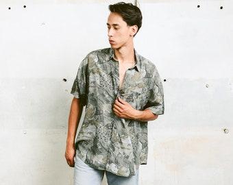 Patterned Silk Shirt . Men's 90s Minimalist Abstract Print Grey Shirt Short Sleeve Lightweight Shirt Silk Clothing . size XL Extra Large