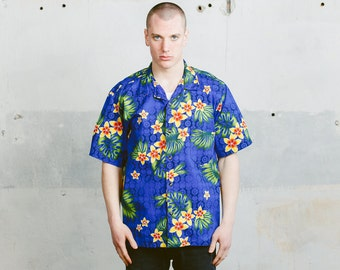 Summer Party Shirt . Vintage Tropical Print 90s Holiday Shirt Aloha Outfit Hawaii Floral Shirt Button Down Mens Oversized Shirt . size XXL