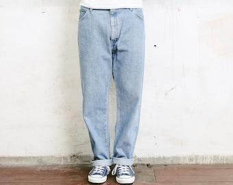 Vintage Wrangler Jeans . Faded Blue Denim Jeans Boyfriend Jeans Men Jeans Dark Wash Jeans 90 Clothing Straight Leg Jeans . W36 L30