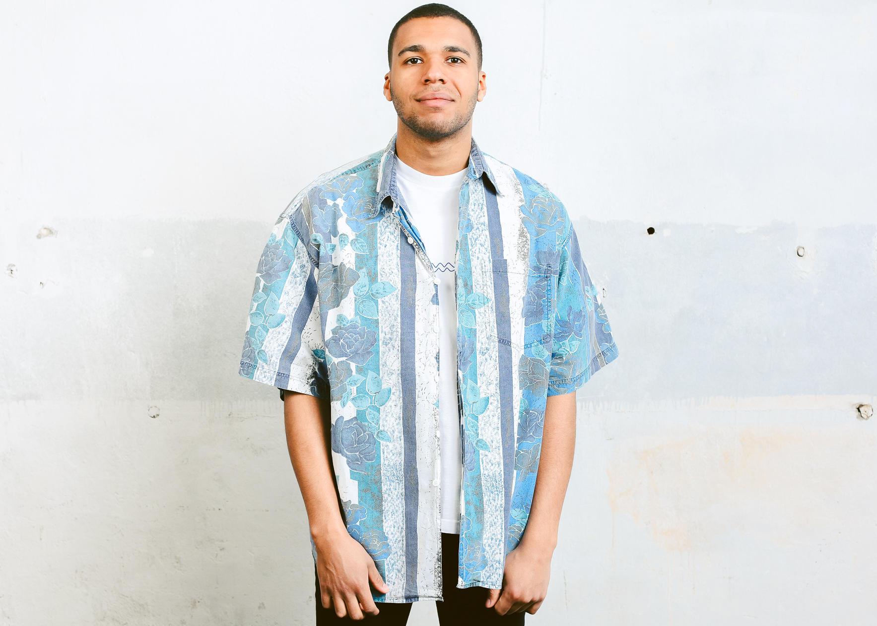 614898c92 Vintage Holiday Shirt . 90s Summer Shirt Short Sleeve Mens | Etsy