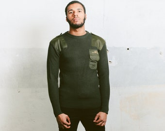 Military Style Hunting Pullover . Vintage Mens 90s Sweater Khaki Green Army Jumper 90s Clothing Menswear Adventurer Sweater . size Small S