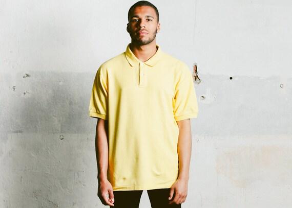 Chemise de de Chemise Polo jaune Fila. Vintage Unisexe pour homme jaune T- Shirt ... 13905b4c9ca8