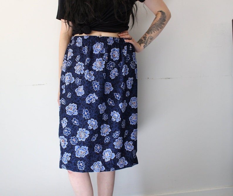 39fabb6dac7 Vintage blue rose floral print skirt knee length straight