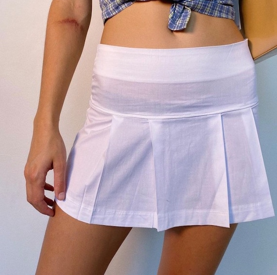 Deadstock white pleated tennis skirt