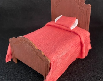 """1/2"""" Scale Miniature Bed"""