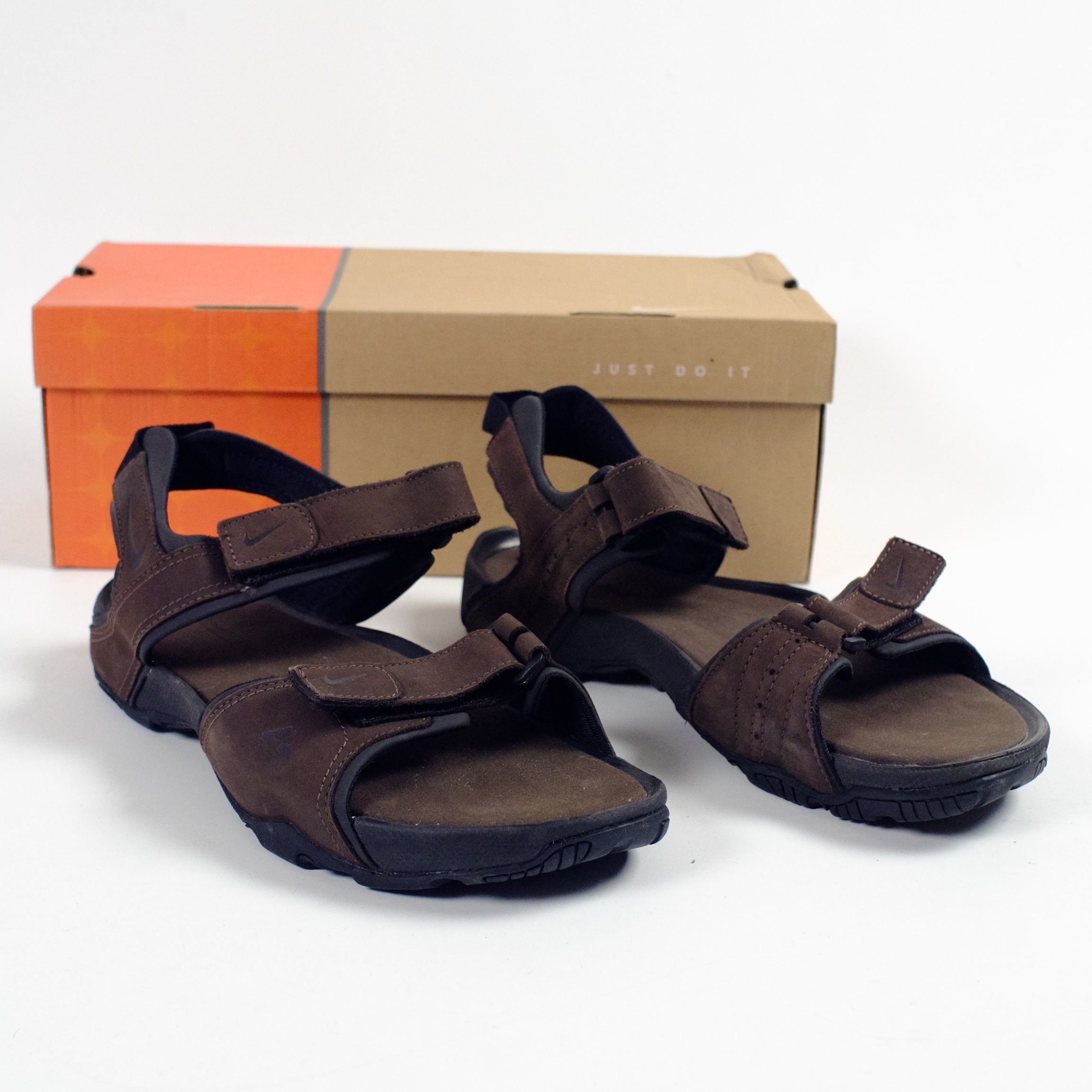 7b2de5d9a5ae Buy nike brown leather sandals