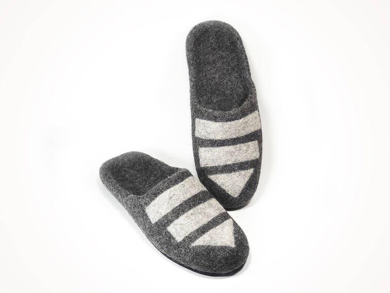 0502dfe0f2a4d9 Pantofole di lana uomo grigio pantofole casa fatti a mano