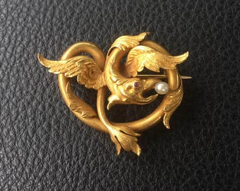 Antique/vintage Victorian Pin Brooch 21K yellow gold winged dragon with pearl in mouth and ruby eye